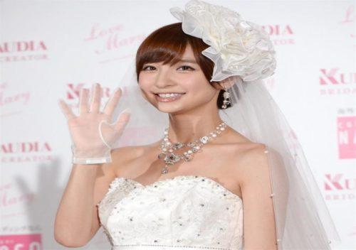 篠田麻里子の結婚相手は誰?玄米婚にこじはるやたかみなも祝福の声!