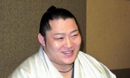 相撲・遠藤聖大の結婚相手や実家はどこ?妹に泣かされるイケメン力士