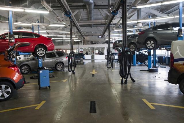 車,整備工場
